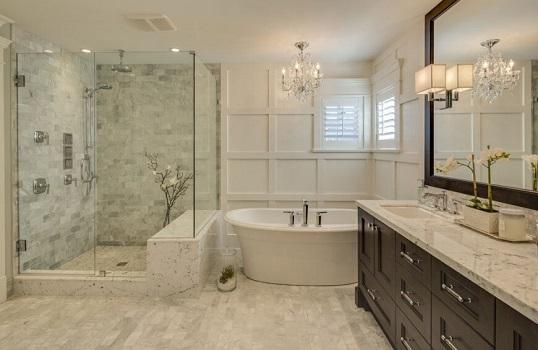 wykonane ze szkła nietypowe kabiny prysznicowe